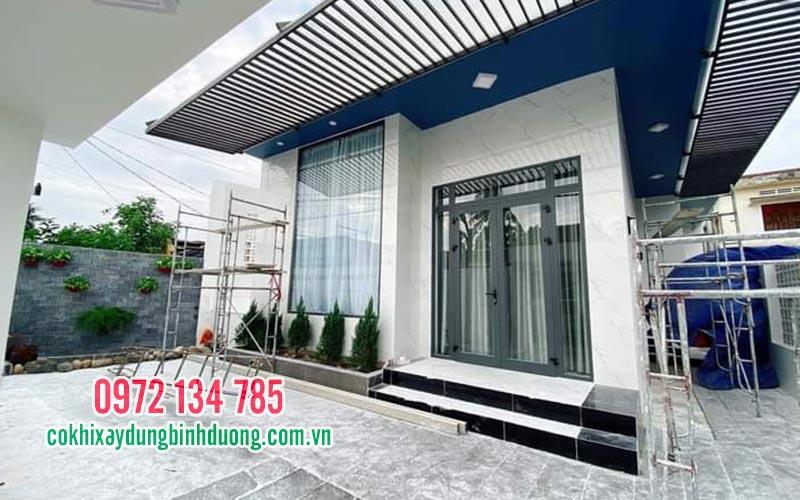 thi-cong-cua-nhom-kinh-xingfa-tai-binh-duong-098